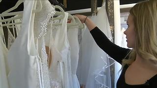 Bridal store lets brides-to-be design their wedding dress - Video