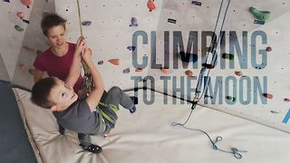 Cerebral palsy can't stop these courageous climbers - Video