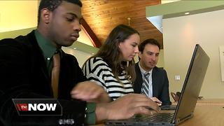 Technology is helping students with dyslexia succeed - Video