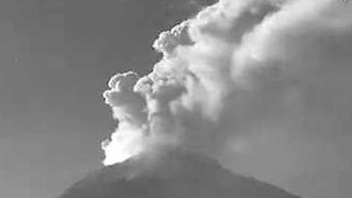 Popocatépetl Volcano Spews Steam and Gas During Latest Outburst - Video