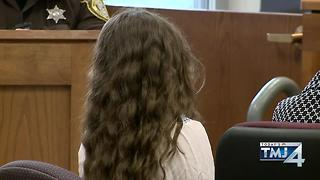Slender Man Suspect Describes Stabbing Facebook - Video