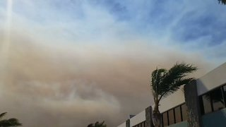 Wind Drives Canyon Fire 2 Across Thousands of Acres - Video