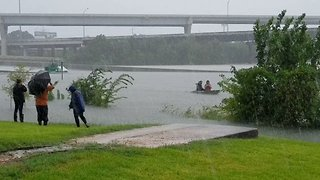 Boatman Rescues People Stranded by Flooded Houston Freeway - Video