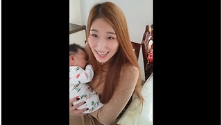 Asian baby speaks English for the fist time - Video