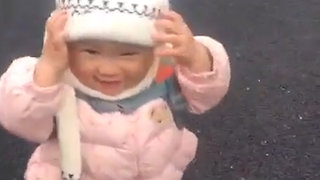 Hoverboarding Toddler Takes Over Chinese Social Media