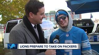 Lions fans in Green Bay prepare for Monday Night Football - Video