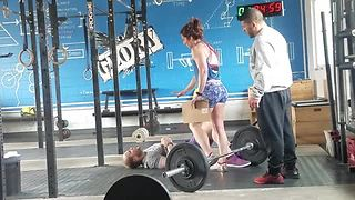 Guy Faces Lucky Fall After Pull-Up Exercise Goes South - Video