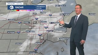 light snow continues tonight