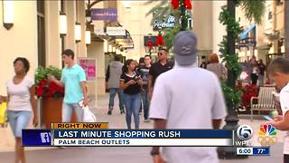 Last minute shopping rush - Video