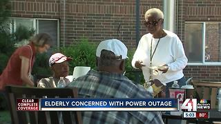 Power outage at Kansas City senior center sends 6 to hospital - Video