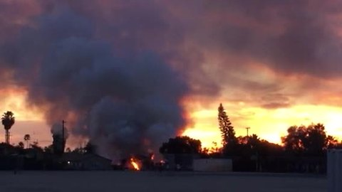 Video of plane after it crashed in Clairemont
