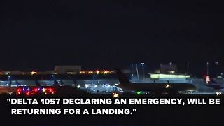 Engine fire causes plane to make emergency landing at McCarran Airport - Video
