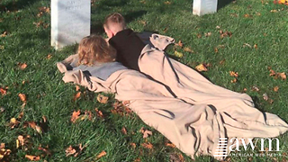 Kids Visit Military Dad's Grave For The First Time, Mom's Message About God Gains Praise - Video