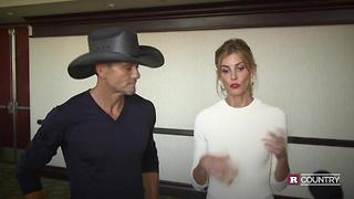 Tim McGraw and Faith Hill celebrate The 50th Annual CMA Awards | Rare Country - Video