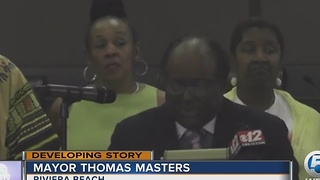 Riviera Beach mayor has strong words for gun violence - Video
