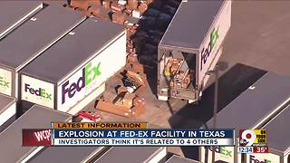 Explosion at FedEx facility in Texas - Video