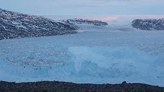 NYU Scientists Record Four-Mile Iceberg Breaking Off Glacier in Greenland - Video