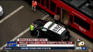 Trolley collides with San Diego Sheriff's patrol car - Video