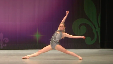 Incredible dancer with amazing flexibility wins 1st place