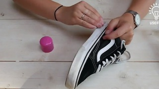 How to clean your shoes with nail polish remover