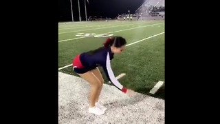 Talented Cheerleader Defies Gravity By Nailing The 'Invisible Box' Challenge