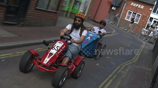DIY racers pedal round Hampshire town for 'grand prix' - Video