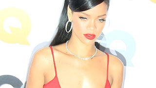 Rihanna Turned Down the Super Bowl Halftime Show In Honor of Kaepernick - Video