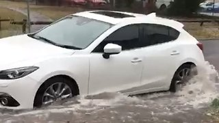Floodwaters Cover Melbourne Streets - Video