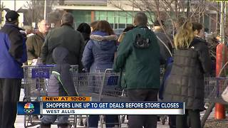 Sam's Club customers flood West Allis store after closing announcement - Video