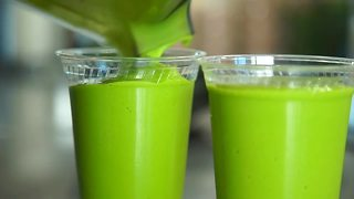 At The Table: Nature's Juice Bar - Video