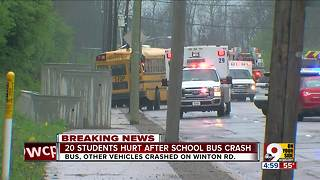 20 students injured in school bus crash - Video