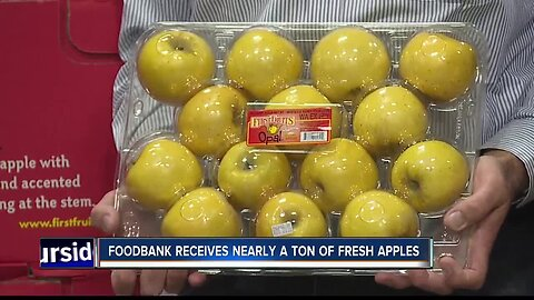 Idaho Foodbank gets a huge donation--nearly a ton of apples!