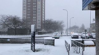 Snowfall Brings School Closures and Travel Disruption to Aberdeen - Video