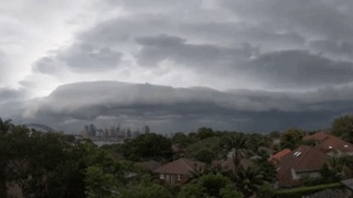 Timelapse Shows Storm Move Through Sydney - Video
