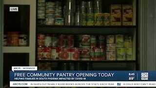 Free community pantry opens in Phoenix