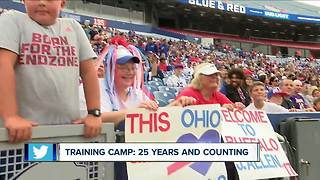 Super fan travels over 200 miles to see Buffalo Bills - Video