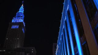 Downtown buildings light up blue in honor of fallen CLE police detective