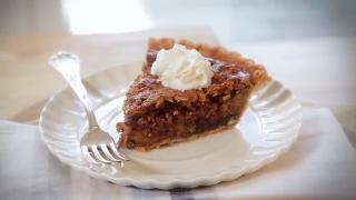 Chocolate Pecan Bourbon Pie - Video