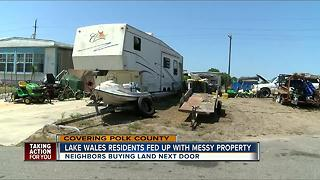 Lake Wales residents fed up with messy property - Video