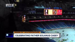 Tens of thousands flock for Father Solanus beatification - Video