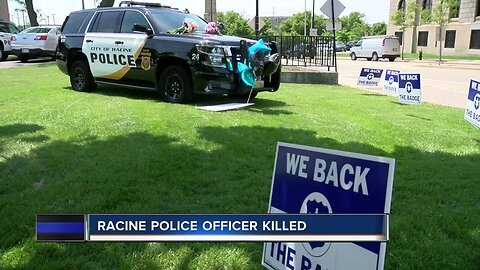 Racine community comes together for fallen officer