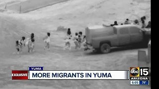 More migrants reach border towns in Mexico, entering Yuma - Video
