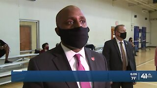 KCMO mayor hosts town hall on crime prevention