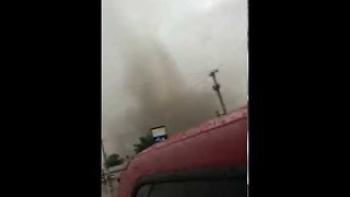 Family Flees Tornado in Baker, Montana - Video