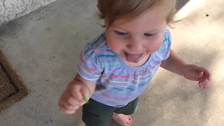 Funny Tot Girl Wants To Eat A Worm - Video