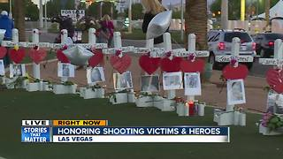 Shooting victims honored at Las Vegas sign - Video