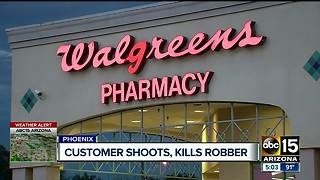 Customer shoots and kills suspect in Phoenix - Video
