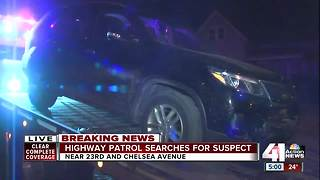 Police search for suspect after chase - Video