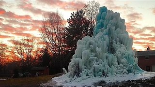 Filmmaker Gets to Witness the Magic of Veal's Ice Tree - Video