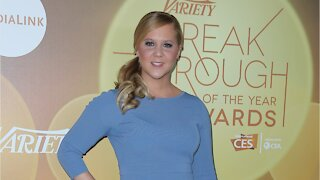 Amy Schumer Reveals She Has Lyme